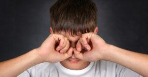болят глаза после сварки