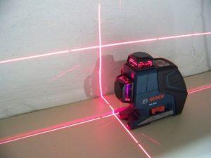 Как подобрать лазерный уровень для пола